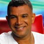 Juan Carlos Coronel, distinguido en 2011 en la categoría música y arte.  Foto tomada de www.formula-romantica.com