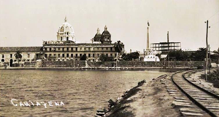 Cartagena de Indias en los tiempos del ferrocarril, una historia de poco andar...